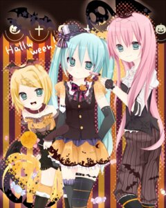 Rating: Safe Score: 26 Tags: halloween hatsune_miku kagamine_rin megurine_luka sakuragi_yuzuki thighhighs vocaloid User: Riven