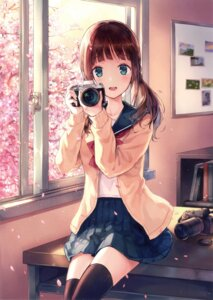 Rating: Questionable Score: 230 Tags: hiten seifuku sweater thighhighs User: Twinsenzw