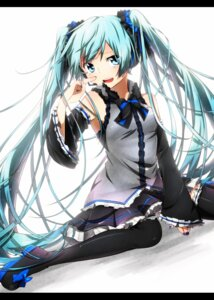 Rating: Safe Score: 38 Tags: hatsune_miku headphones sakuragi_ren thighhighs vocaloid User: charunetra