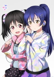 Rating: Safe Score: 18 Tags: headphones love_live! shiimai sonoda_umi yazawa_nico User: Masutaniyan