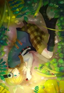 Rating: Safe Score: 11 Tags: headphones kagamine_rin liuli vocaloid User: eridani