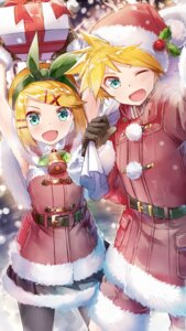 Rating: Safe Score: 11 Tags: christmas daidou kagamine_len kagamine_rin pantyhose vocaloid User: Mr_GT