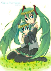 Rating: Safe Score: 21 Tags: chibi hatsune_miku sudachi tattoo thighhighs vocaloid User: charunetra