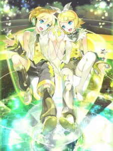 Rating: Safe Score: 17 Tags: 119 headphones heels kagamine_len kagamine_rin thighhighs vocaloid User: Mr_GT