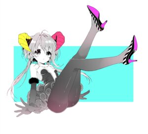 Rating: Safe Score: 36 Tags: horns pantyhose sakiyo_cake User: tbchyu001
