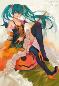 Rating: Safe Score: 14 Tags: halloween hatsune_miku heels nora_(nora) thighhighs vocaloid wings User: Mr_GT