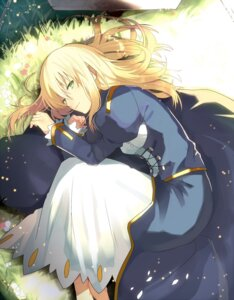 Rating: Safe Score: 43 Tags: dress fate/stay_night saber sanae_(artist) User: KazukiNanako