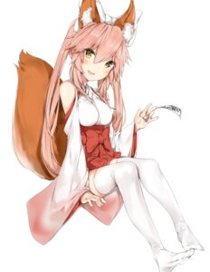 Rating: Safe Score: 63 Tags: animal_ears caster_(fate/extra) fate/extra fate/grand_order fate/stay_night feet japanese_clothes kitsune silver_(chenwen) tail thighhighs User: Mr_GT
