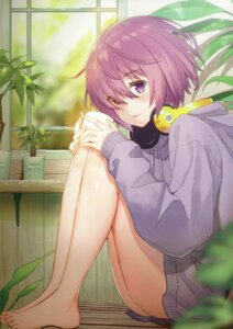 Rating: Safe Score: 55 Tags: fate/grand_order feet haru. headphones mash_kyrielight sweater User: kiyoe