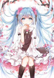Rating: Safe Score: 58 Tags: chuo_zi dress hatsune_miku vocaloid User: Mr_GT