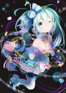 Rating: Safe Score: 49 Tags: cleavage hatsune_miku headphones heels kuroi_asahi pantyhose see_through tattoo vocaloid User: charunetra