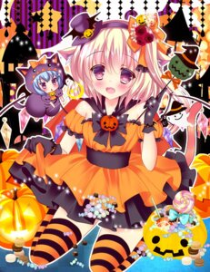 Rating: Safe Score: 27 Tags: chibi dress flandre_scarlet halloween remilia_scarlet rika-tan thighhighs User: 椎名深夏