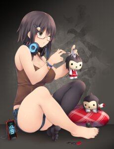 Rating: Safe Score: 66 Tags: cleavage headphones kopianget megane thighhighs User: Mr_GT