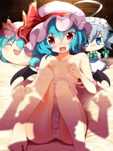 Rating: Questionable Score: 79 Tags: breast_hold breasts izayoi_sakuya komone_ushio loli remilia_scarlet swimsuits touhou yukkuri_shiteitte_ne User: Mr_GT