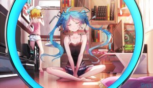 Rating: Safe Score: 65 Tags: hatsune_miku kagamine_rin sen_ya signed vocaloid User: RyuZU