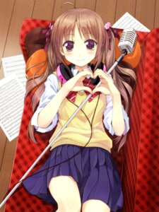 Rating: Safe Score: 70 Tags: headphones ordan seifuku User: fireattack