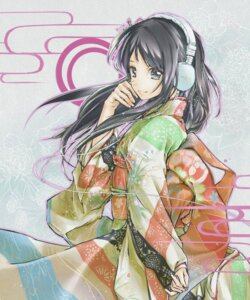 Rating: Safe Score: 20 Tags: headphones kimono satou_kou User: Radioactive