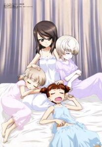 Rating: Safe Score: 20 Tags: aki_(girls_und_panzer) girls_und_panzer mika_(girls_und_panzer) mikko_(girls_und_panzer) pajama sugimoto_isao youko_(girls_und_panzer) User: drop