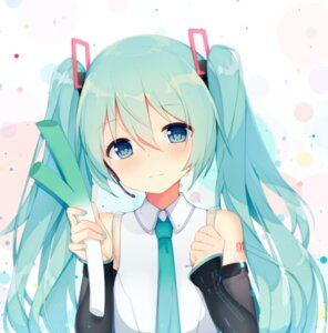 Rating: Safe Score: 59 Tags: hatsune_miku headphones jyt tattoo vocaloid User: charunetra