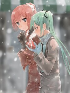 Rating: Safe Score: 52 Tags: bob hatsune_miku megurine_luka vocaloid User: dyj