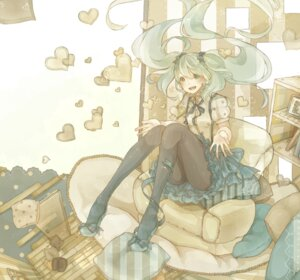 Rating: Safe Score: 9 Tags: dress hatsune_miku mizutamari_tori pantyhose vocaloid User: Nekotsúh