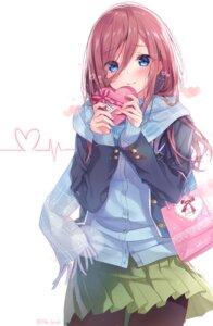 Rating: Safe Score: 104 Tags: 5-toubun_no_hanayome nakano_miku pantyhose sakura_honoka_(srhk0623) seifuku sweater valentine User: hiroimo2