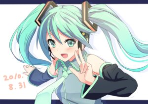 Rating: Safe Score: 17 Tags: hatsune_miku hyakuen_raitaa vocaloid User: fairyren