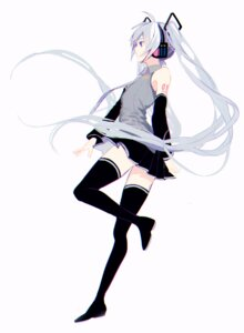 Rating: Safe Score: 38 Tags: hatsune_miku headphones p2 tattoo thighhighs vocaloid User: nphuongsun93