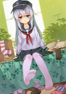 Rating: Safe Score: 54 Tags: feet hibiki_(kancolle) kantai_collection pantyhose seifuku tsubasa_tsubasa User: Mr_GT