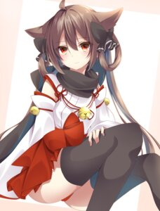 Rating: Safe Score: 71 Tags: amane_tari animal_ears miko nekomimi pantsu thighhighs User: nphuongsun93