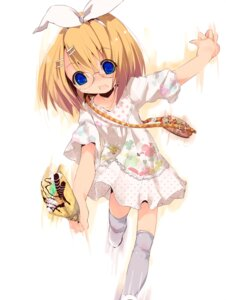 Rating: Safe Score: 14 Tags: cloba_u dress kagamine_rin megane vocaloid User: brigfox