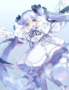 Rating: Safe Score: 42 Tags: fujishimasei_1_gou hatsune_miku pantyhose vocaloid yuki_miku User: fairyren
