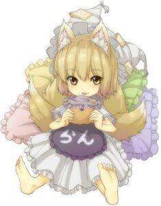 Rating: Safe Score: 8 Tags: kitsune touhou urin_(artist) yakumo_ran User: konstargirl