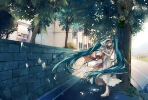 Rating: Safe Score: 46 Tags: dress hatsune_miku tsukioka_tsukiho vocaloid User: fireattack
