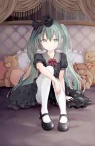 Rating: Safe Score: 47 Tags: dress gothic_lolita hatsune_miku kari_kenji lolita_fashion pantyhose vocaloid User: animeprincess