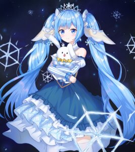 Rating: Safe Score: 28 Tags: dress hatsune_miku tagme thighhighs vocaloid yuki_miku User: aaayu