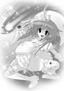 Rating: Safe Score: 3 Tags: akihime_sumomo ito_noizi monochrome nanatsuiro_drops thighhighs yuki-chan User: fireattack