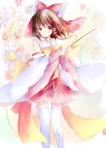 Rating: Safe Score: 34 Tags: hakurei_reimu miko shichinose thighhighs touhou User: fireattack