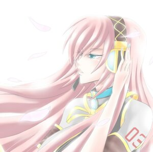 Rating: Safe Score: 0 Tags: harakuro headphones megurine_luka vocaloid User: charunetra