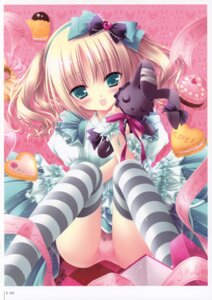 Rating: Questionable Score: 32 Tags: lolita_fashion pantsu thighhighs tinkle User: fireattack
