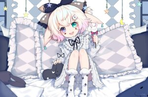 Rating: Safe Score: 17 Tags: animal_ears dress heterochromia lolita_fashion skirt_lift snozaki User: Dreista