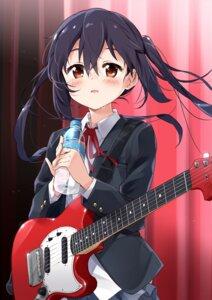 Rating: Safe Score: 29 Tags: guitar k-on! moso nakano_azusa seifuku tagme User: BattlequeenYume