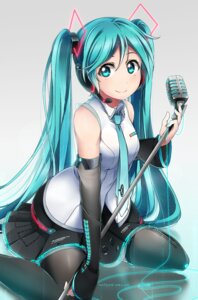 Rating: Safe Score: 44 Tags: hatsune_miku headphones shiimai thighhighs vocaloid User: Mr_GT