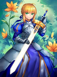 Rating: Safe Score: 13 Tags: armor dress fate/stay_night saber sanme sword User: charunetra