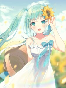 Rating: Safe Score: 31 Tags: a20 dress hatsune_miku summer_dress vocaloid User: charunetra