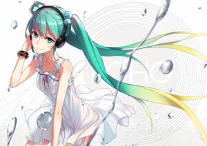 Rating: Safe Score: 46 Tags: dress hatsune_miku headphones phantania vocaloid User: SubaruSumeragi
