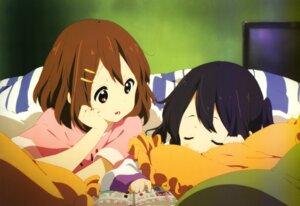 Rating: Safe Score: 51 Tags: hirasawa_yui k-on! nakano_azusa pajama yamada_naoko User: charunetra