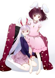 Rating: Safe Score: 14 Tags: animal_ears bunny_ears inaba_tewi reisen_udongein_inaba touhou yamada_ranga User: Nekotsúh