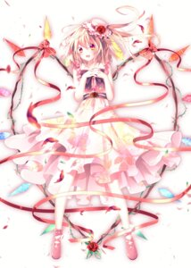 Rating: Safe Score: 40 Tags: dress flandre_scarlet riichu touhou wings User: 椎名深夏