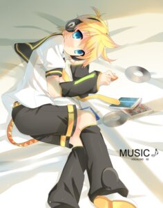 Rating: Safe Score: 10 Tags: headphones kagamine_len male p0ckylo vocaloid User: SciFi